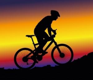 Mountain biking1 - 123RF - Mariusz Niemiec